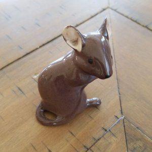 Vintage Beswick England Mouse Figurine